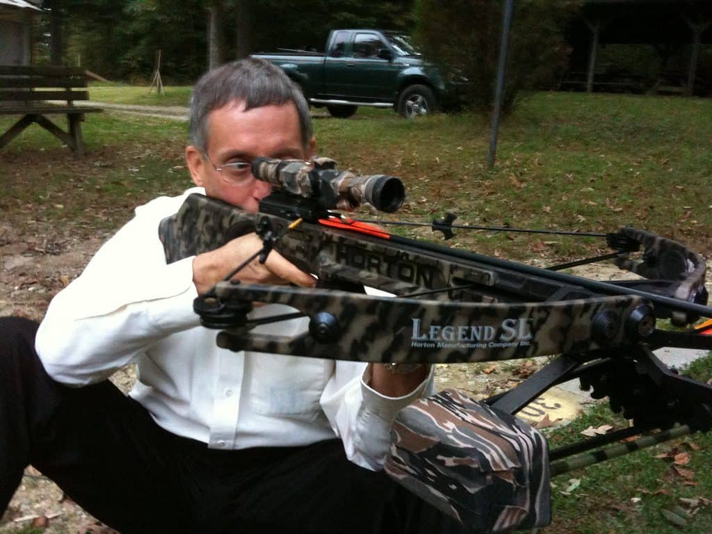 Recurve vs  Compound Crossbows: What's the Difference? - Outdoor Veteran